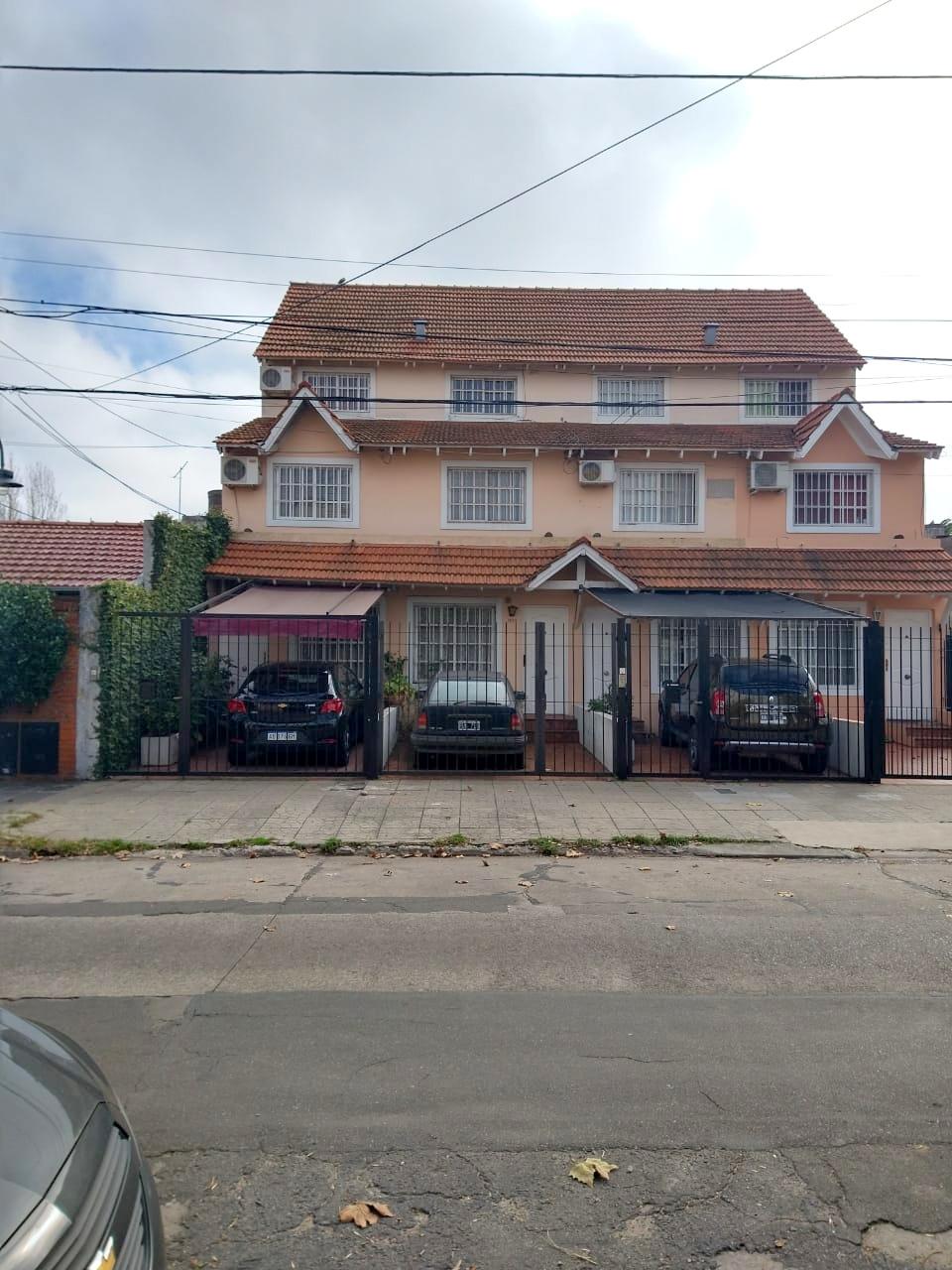 Duplex 5 Amb. a 5/c de Av. Maipu – Aristobulo del Valle 1900