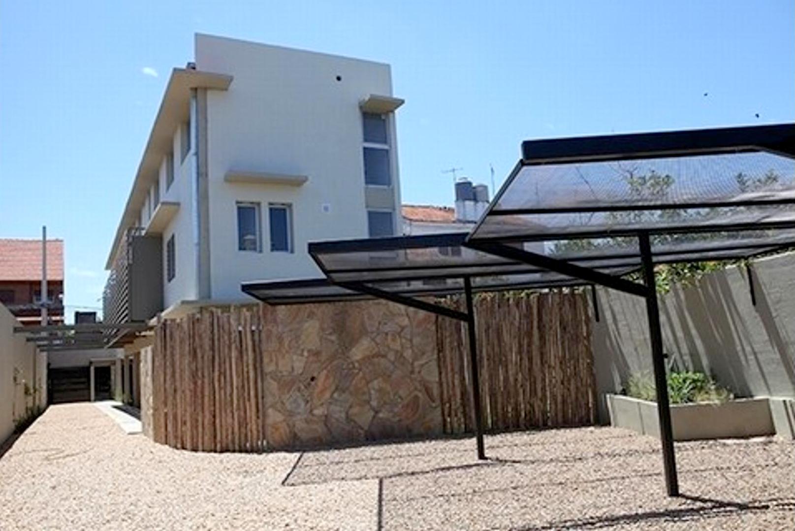 Moderno PH 2/3 Ambientes con Cochera – Jose Maria Paz 3200