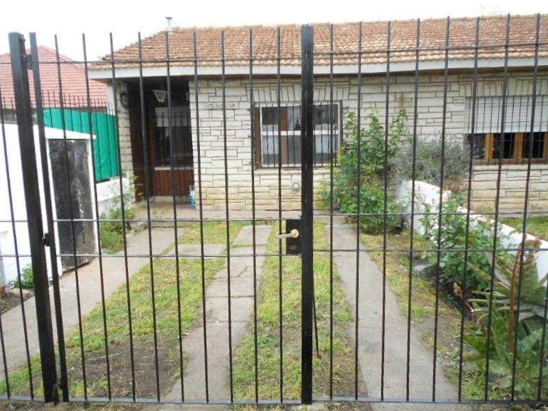 Duplex 3 Amb. con Cochera – Guiraldes 2500