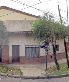 Casa en PH al Frente 2 Amb con Entrada Independiente – A. Del Valle 2100