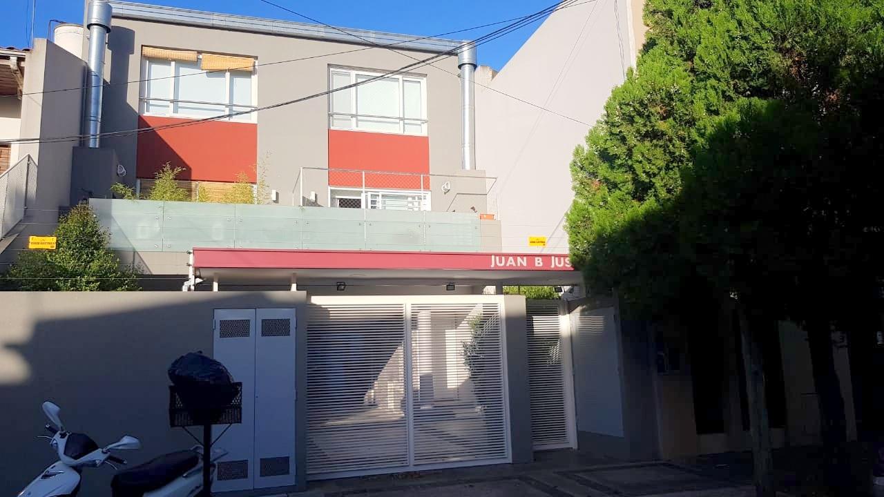 Exc Duplex 3 Amb con Parrilla y Cochera- Juan B Justo 500